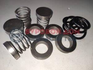 ГНБ FMC A0413, E0413 комплект клапанов бентонитового насоса Vermeer DitchWitch